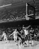 Wilt Chamberlain och Philadelphiaen 76ers Arkivfoto
