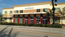 Wilton Manors, Florida; Politiebureau en Stadhuis Royalty-vrije Stock Afbeeldingen