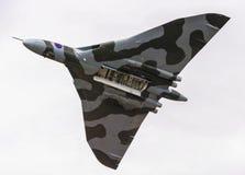WILTSHIRE, UK - 20 Ιουλίου 2014: Αποκατεστημένο ιστορικό RAF Vulcan βομβαρδιστικό αεροπλάνο dur Στοκ εικόνα με δικαίωμα ελεύθερης χρήσης