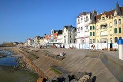 """WIMEREUX, †de FRANCIA """"29 de agosto de 2016: El frente de mar en el ` Opale, Pas-de-Calais de Cote d Imagen de archivo libre de regalías"""