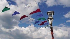 Wimpelsopwinding op de wind Royalty-vrije Stock Foto's