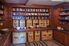 Wimpole Hall Pantry royaltyfri bild