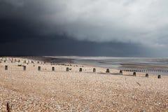 Winchelsea Англия свободного полета плохой погоды пляжа стоковое изображение rf