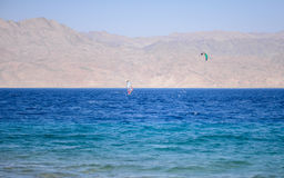 Wind, der in Rotes Meer surft Lizenzfreie Stockfotografie