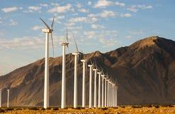 Wind-Generator lizenzfreie stockbilder
