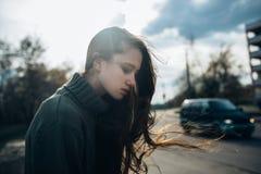 Wind in haar haar Royalty-vrije Stock Foto's