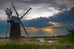 Wind pump on the norfolk broads Royalty Free Stock Image