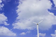 Wind turbine with blue sky royalty free stock photos