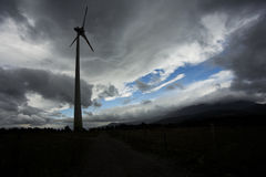 Wind turbine silhuette Royalty Free Stock Images