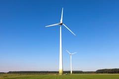 Wind turbine spinning Stock Photography