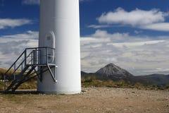 Wind-Turbine-Unterseite stockfotos