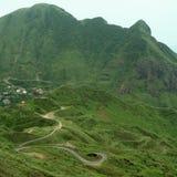 Windende weg in bergen Royalty-vrije Stock Foto