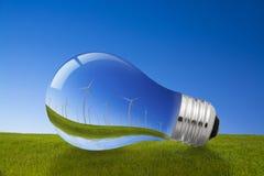 Windenergie en Gloeilampenconcept Royalty-vrije Stock Foto