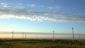 Windenergie, windenergie, windturbine stock videobeelden