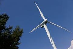 Windenergieturbine Royalty-vrije Stock Afbeeldingen