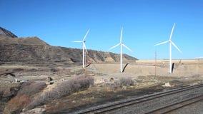 Windenergieturbines stock videobeelden