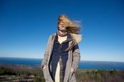 Winderige Dag op de Bovenkant van een Berg in Maine Royalty-vrije Stock Afbeeldingen