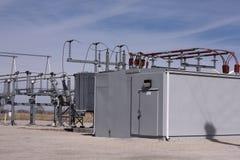 Windfarm elektrisk avdelningskontor royaltyfria bilder