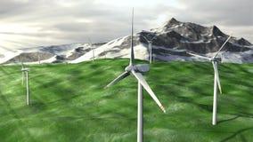 Windgeneratoren bewirtschaften auf Feld gegen Berge stock video