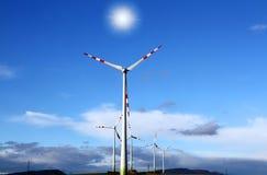 Windgeneratorer, ekologi Royaltyfria Bilder