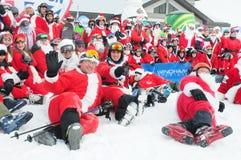WINDHAM DECEMBER 19 - skidåkning och ridning Santas för välgörenhet på Windham Mountain Royaltyfri Foto