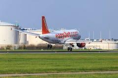 Windige Zustände Easyjet Airbus A319 Stockfotografie