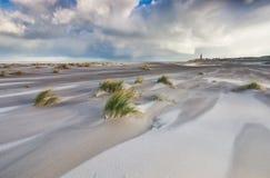 Windiger stürmischer Tag auf Nordseeküste lizenzfreie stockfotos