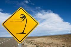 Windiges Verkehrsschild innen Patagonia stockfotos