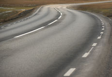 Winding asphalt road Royalty Free Stock Photos