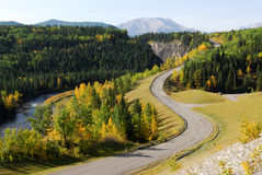 Winding country road. In the elbow river valley, alberta, canada Royalty Free Stock Photos