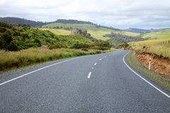 Winding road in New Zealand Royalty Free Stock Photos