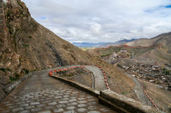 Winding road to the monastery Royalty Free Stock Photos