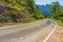 Winding roadway in countryside Stock Photography