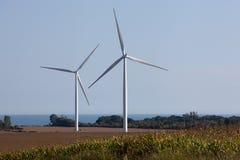 Windkraftanlagen auf einem Windpark Stockbilder