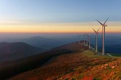 Windkraftanlagen in eolic Park Oiz Stockfotografie