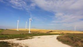 Windkraftanlagen im Gewann stock footage