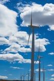 Windkraftanlagen und Weizenfelder in Ost-Oregon Lizenzfreie Stockbilder