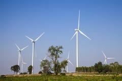 Windkraftanlagesonnenunterganghintergrund-Ökosystemweinlese Lizenzfreies Stockfoto
