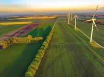 Windlandbouwbedrijf en groene gebieden royalty-vrije stock foto's