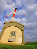 Windleistunggenerator lizenzfreie stockbilder