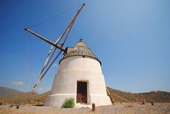 Windmühle, Andalusien, Spanien Stockbild