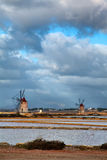 Windmühle bei Marsala Lizenzfreie Stockfotos