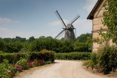 Windmühle in Bokrijk lizenzfreies stockbild