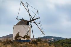 Windmühle in Budens, südwestliche Küste von Portugal Stockbilder