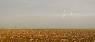 Windmühle im Nebel Lizenzfreie Stockbilder