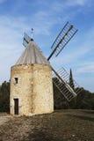 Windmühle im Süden von Frankreich Stockfoto
