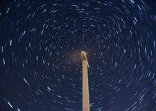 Windmühle mit Stern-Spur lizenzfreie stockfotografie