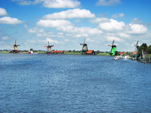Windmühlen bei Zaanse Schans, die Niederlande Lizenzfreies Stockfoto