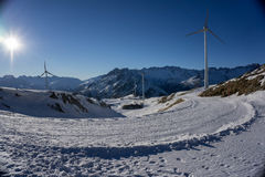 Windmühlen in den Bergen Stockbild