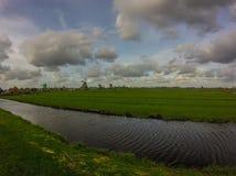 Windmühlen in den Niederlanden Lizenzfreie Stockfotos
